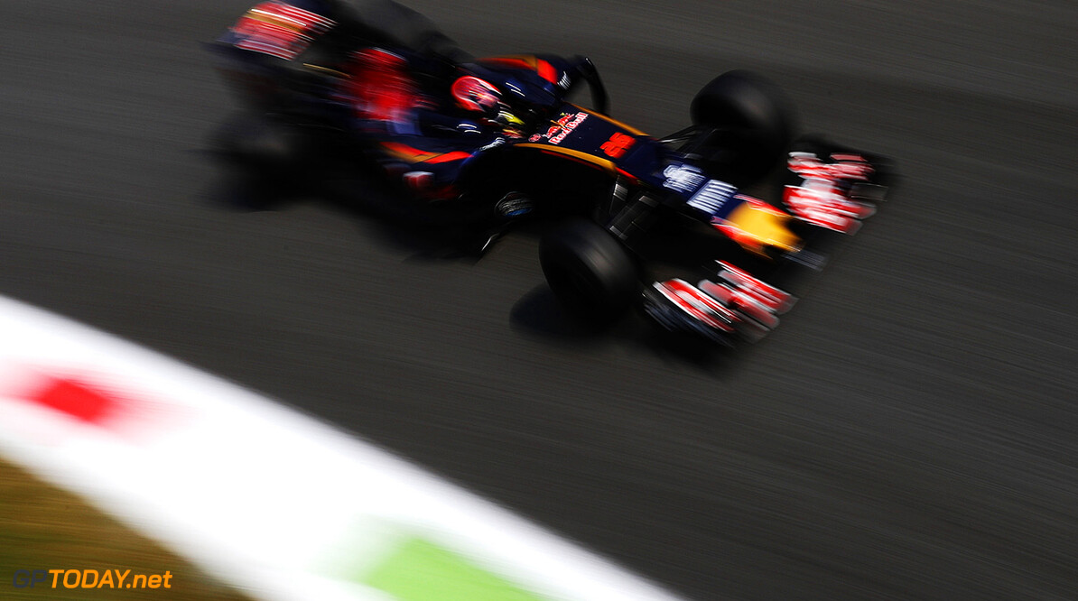 MONZA, ITALY - SEPTEMBER 02: Daniil Kvyat of Russia driving the (26) Scuderia Toro Rosso STR11 Ferrari 060/5 turbo on track during practice for the Formula One Grand Prix of Italy at Autodromo di Monza on September 2, 2016 in Monza, Italy.  (Photo by Mark Thompson/Getty Images) // Getty Images / Red Bull Content Pool  // P-20160902-12945 // Usage for editorial use only // Please go to www.redbullcontentpool.com for further information. //  F1 Grand Prix of Italy - Practice Mark Thompson Monza Italy  P-20160902-12945