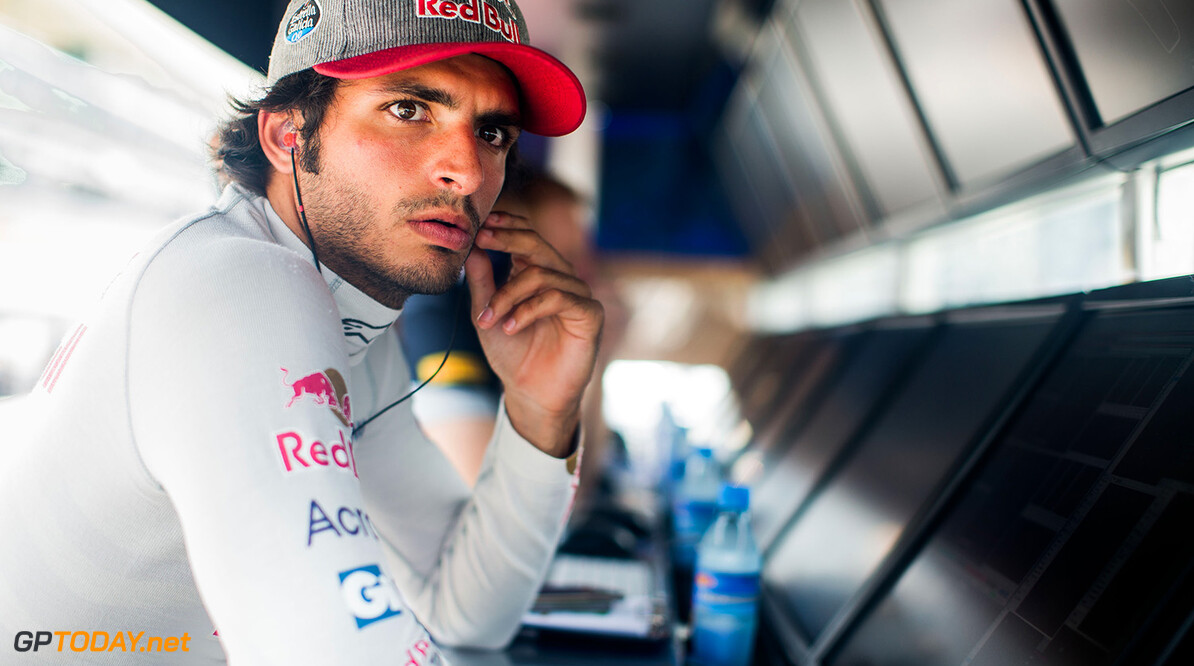 MONZA, ITALY - SEPTEMBER 02:  Carlos Sainz of Scuderia Toro Rosso and Spain during practice for the Formula One Grand Prix of Italy at Autodromo di Monza on September 2, 2016 in Monza, Italy.  (Photo by Peter Fox/Getty Images) // Getty Images / Red Bull Content Pool  // P-20160902-12999 // Usage for editorial use only // Please go to www.redbullcontentpool.com for further information. //  F1 Grand Prix of Italy - Practice Peter Fox Monza Italy  P-20160902-12999