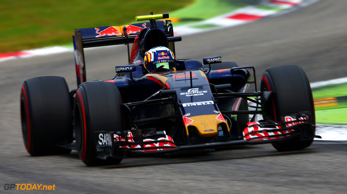 MONZA, ITALY - SEPTEMBER 04: Carlos Sainz of Spain driving the (55) Scuderia Toro Rosso STR11 Ferrari 060/5 turbo on track during the Formula One Grand Prix of Italy at Autodromo di Monza on September 4, 2016 in Monza, Italy.  (Photo by Dan Istitene/Getty Images) // Getty Images / Red Bull Content Pool  // P-20160904-01564 // Usage for editorial use only // Please go to www.redbullcontentpool.com for further information. //  F1 Grand Prix of Italy Dan Istitene Monza Italy  P-20160904-01564