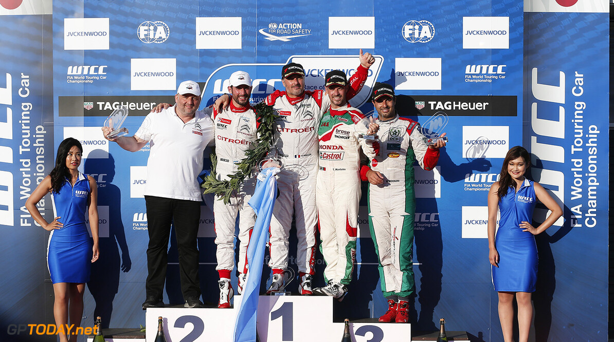 PODIUM 2 LOPEZ Jos? Maria (arg) Citroen C Elysee team Citroen TOTAL WTCC portrait ambiance MULLER Yvan (fra) Citroen C Elysee team Citroen TOTAL WTCC portrait ambiance MONTEIRO Tiago (por) Honda Civic team Castrol Honda WTCC portrait ambiance BENNANI Mehdi (mar) Citroen C Elysee team Sebastien Loeb racing portrait ambiance during the 2016 FIA WTCC World Touring Car Championship race at Motegi from September 2 to 4  Japan - Photo Jean Michel Le Meur / DPPI AUTO - WTCC MOTEGI  2016 Jean Michel Le Meur    auto championnat du monde circuit course fia japon motorsport september septembre tourisme wtcc
