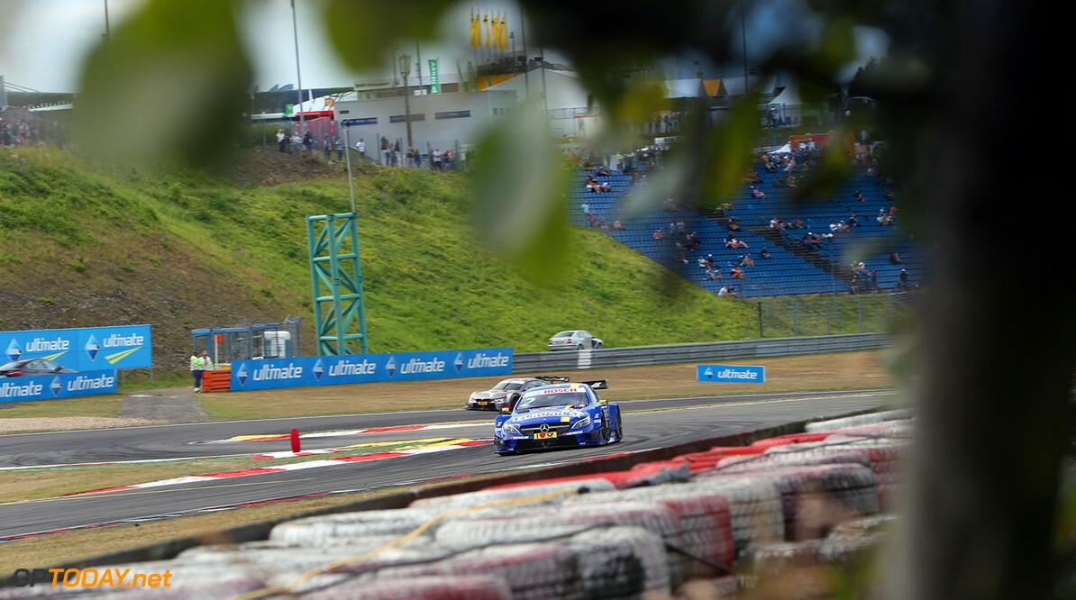 Motorsports: DTM race Nuerburgring, Saison 2016,  - 7. Event Nuerburgring, GER, #2 Gary Paffett (GBR, Mercedes-AMG DTM Team ART, Mercedes-AMG C 63 DTM) Motorsports: DTM race Nuerburgring Gruppe C GmbH Nuerburgring Germany  Rennaction Rennen - VersandPartnerDTM VersandPartnerStandard fahrend