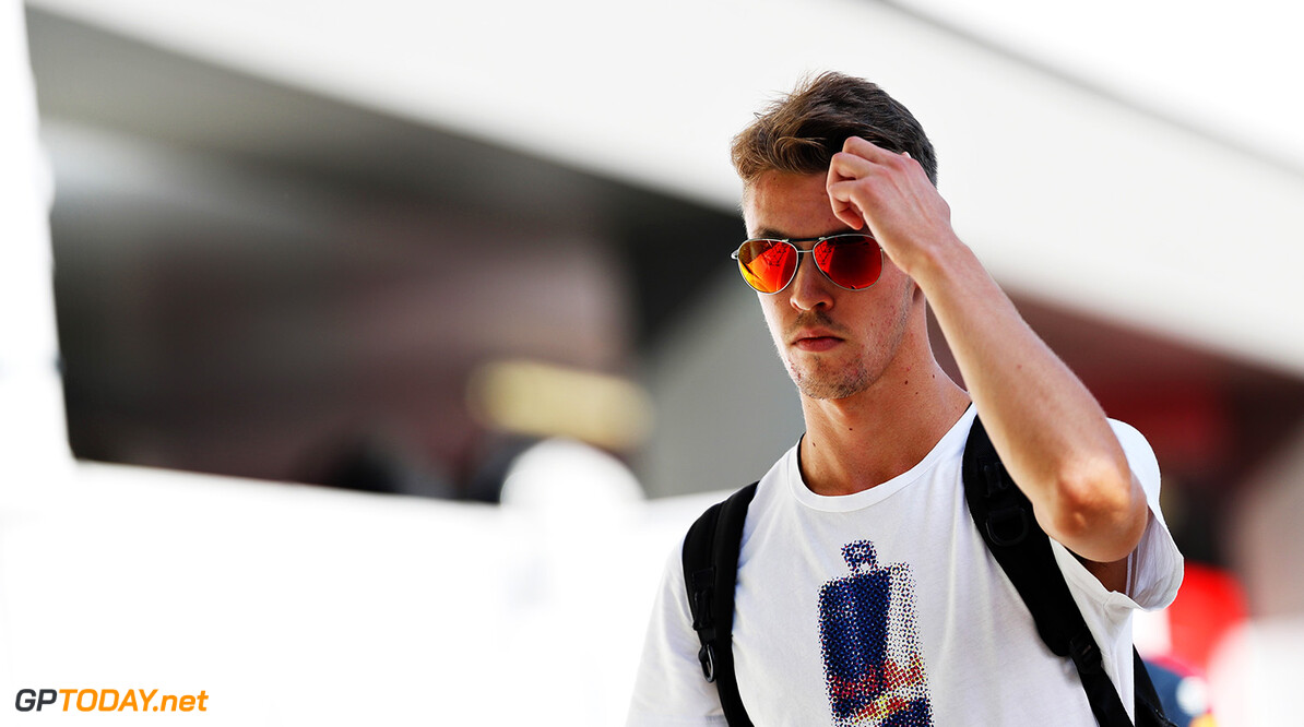 SINGAPORE - SEPTEMBER 15: Daniil Kvyat of Russia and Scuderia Toro Rosso walks in the Paddock during previews ahead of the Formula One Grand Prix of Singapore at Marina Bay Street Circuit on September 15, 2016 in Singapore.  (Photo by Mark Thompson/Getty Images) // Getty Images / Red Bull Content Pool  // P-20160915-00292 // Usage for editorial use only // Please go to www.redbullcontentpool.com for further information. //  F1 Grand Prix of Singapore - Previews Mark Thompson Singapore Singapore  P-20160915-00292