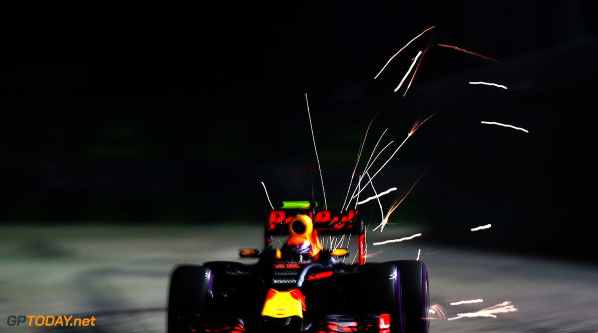 SINGAPORE - SEPTEMBER 16: Max Verstappen of the Netherlands driving the (33) Red Bull Racing Red Bull-TAG Heuer RB12 TAG Heuer on track during practice for the Formula One Grand Prix of Singapore at Marina Bay Street Circuit on September 16, 2016 in Singapore.  (Photo by Clive Mason/Getty Images) // Getty Images / Red Bull Content Pool  // P-20160916-00799 // Usage for editorial use only // Please go to www.redbullcontentpool.com for further information. //  F1 Grand Prix of Singapore - Practice Clive Mason Singapore Singapore  P-20160916-00799