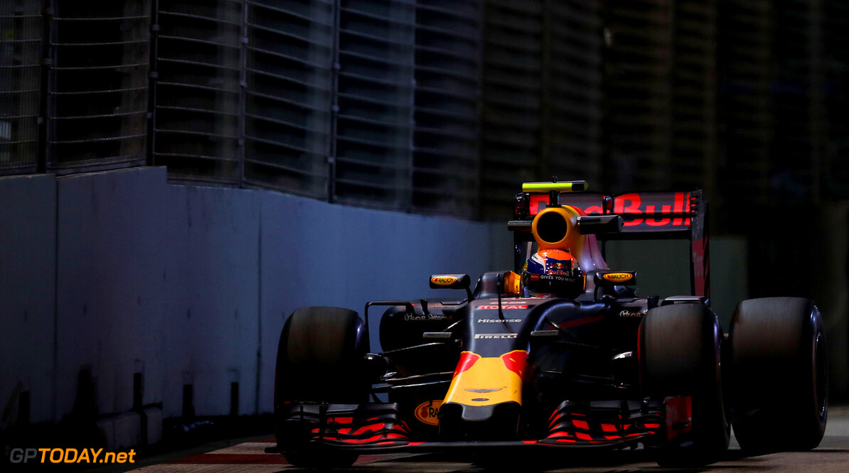 SINGAPORE - SEPTEMBER 16: Max Verstappen of the Netherlands driving the (33) Red Bull Racing Red Bull-TAG Heuer RB12 TAG Heuer on track during practice for the Formula One Grand Prix of Singapore at Marina Bay Street Circuit on September 16, 2016 in Singapore.  (Photo by Lars Baron/Getty Images) // Getty Images / Red Bull Content Pool  // P-20160916-00872 // Usage for editorial use only // Please go to www.redbullcontentpool.com for further information. //  F1 Grand Prix of Singapore - Practice Lars Baron Singapore Singapore  P-20160916-00872