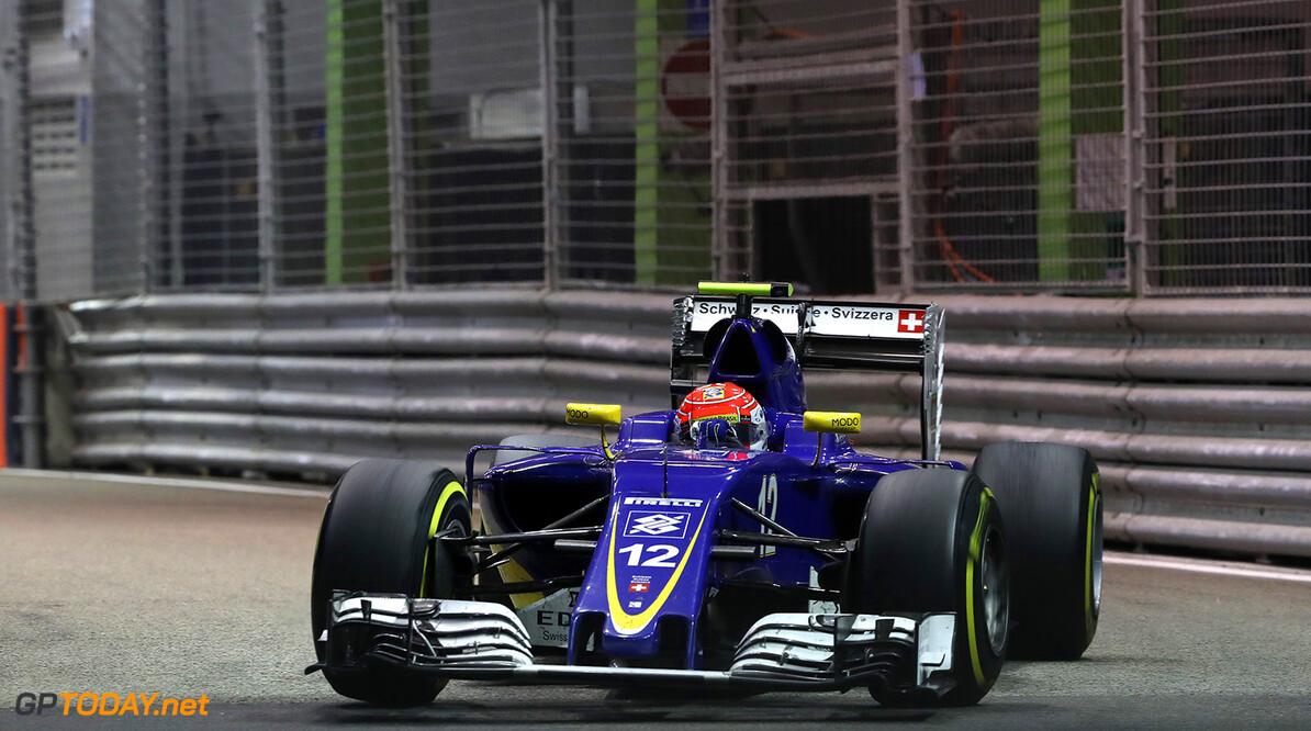 Singapore GP Race 18/09/16 Felipe Nasr (BRA) Sauber F1 Team.  Marina Bay street Circuit.  Singapore GP Race 18/09/16 Jad Sherif                       Singapore Singapore  F1 Formula 1 One 2016 Action Nasr Sauber