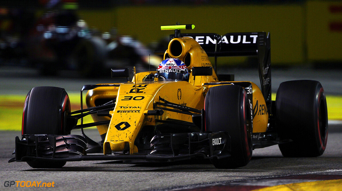 Formula One World Championship Jolyon Palmer (GBR) Renault Sport F1 Team RS16. Singapore Grand Prix, Sunday 18th September 2016. Marina Bay Street Circuit, Singapore. Motor Racing - Formula One World Championship - Singapore Grand Prix - Race Day - Singapore, Singapore Renault Sport Formula One Team Singapore Singapore  Formula One Formula 1 F1 GP Grand Prix Circuit Marina Bay Street Circuit Singapore JM626 Action Track GP1615d