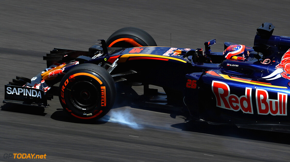 KUALA LUMPUR, MALAYSIA - SEPTEMBER 30: Daniil Kvyat of Russia driving the (26) Scuderia Toro Rosso STR11 Ferrari 060/5 turbo locks a wheel under braking on track during practice for the Malaysia Formula One Grand Prix at Sepang Circuit on September 30, 2016 in Kuala Lumpur, Malaysia.  (Photo by Clive Rose/Getty Images) // Getty Images / Red Bull Content Pool  // P-20160930-00333 // Usage for editorial use only // Please go to www.redbullcontentpool.com for further information. //  F1 Grand Prix of Malaysia - Practice Clive Rose Kuala Lumpur Malaysia  P-20160930-00333