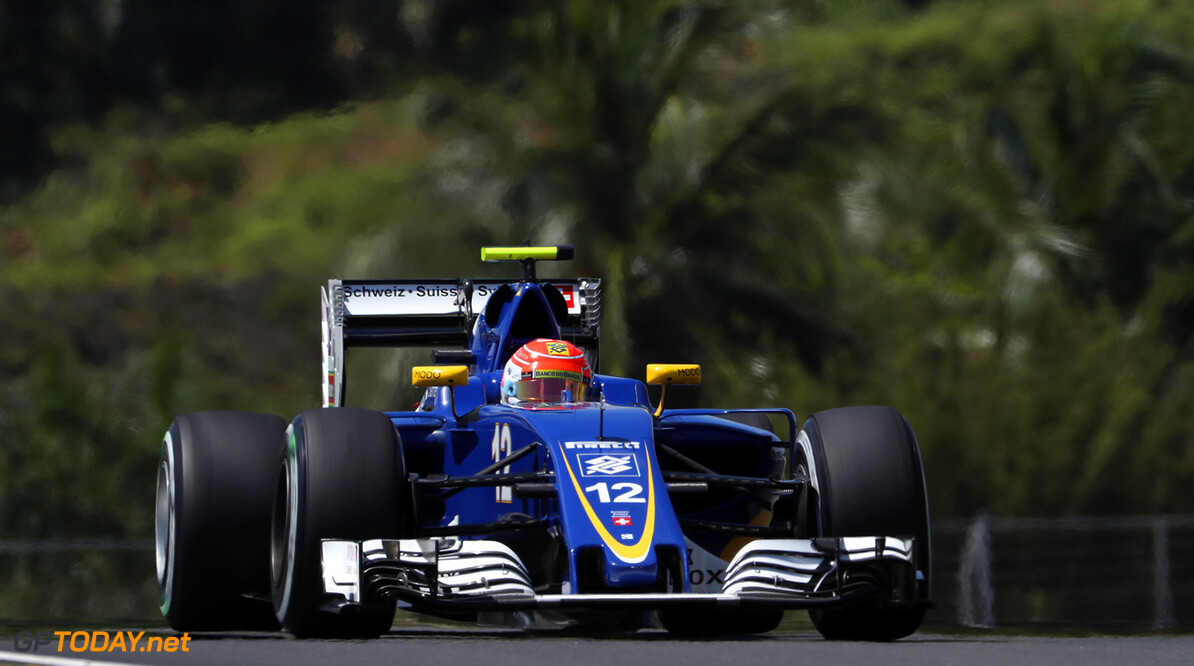 Malaysian GP Friday 30/09/16 Felipe Nasr (BRA) Sauber F1 Team.  Sepang International Circuit.  Malaysian GP Friday 30/09/16 Jad Sherif                       Sepang Malaysia  F1 Formula 1 One 2016 Action Nasr Sauber
