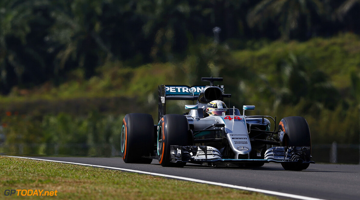 Christian Horner warns of writing Lewis Hamilton off