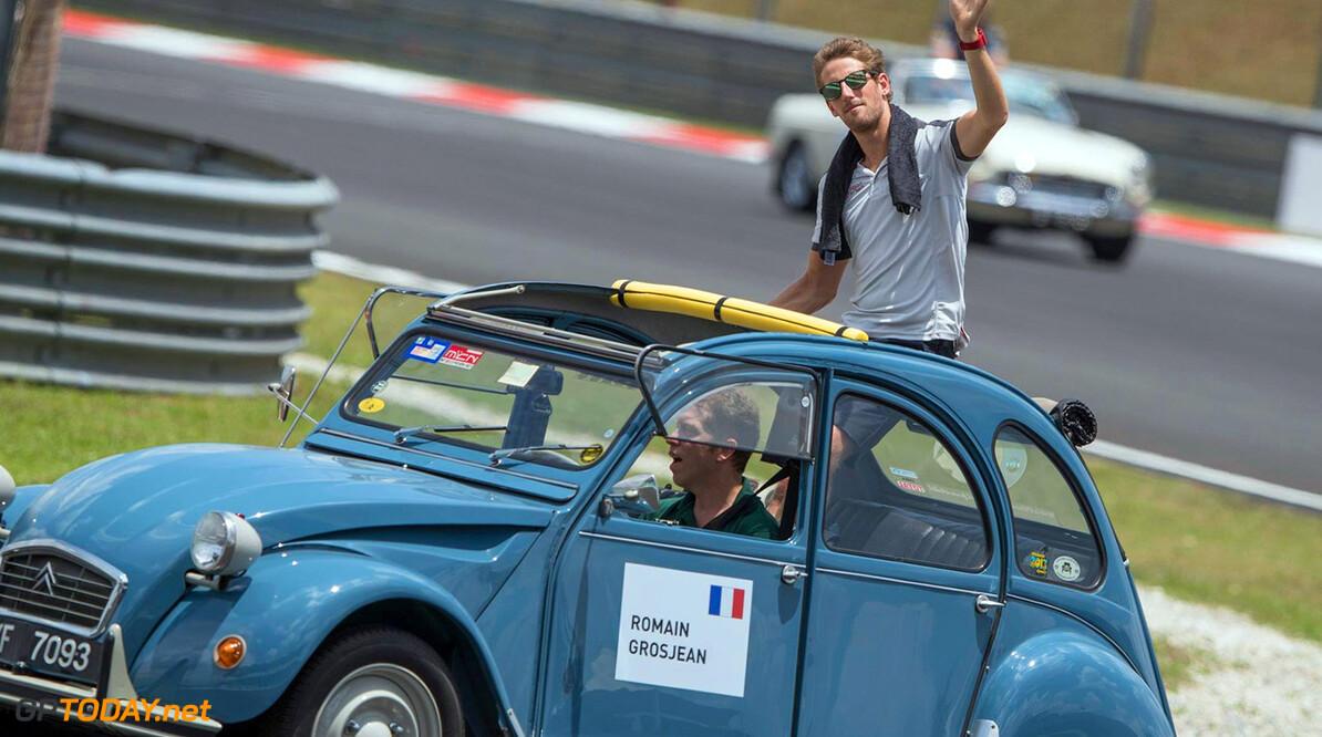 Romain Grosjean wint ijsrace in Andros Trophy