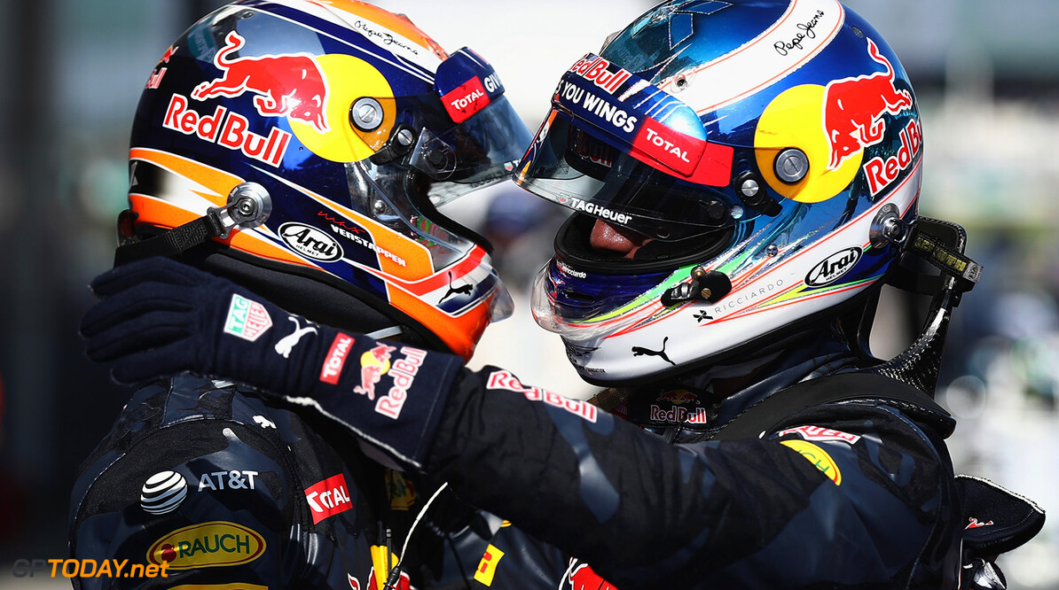 KUALA LUMPUR, MALAYSIA - OCTOBER 02:  Daniel Ricciardo of Australia and Red Bull Racing is congratulated by Max Verstappen of Netherlands and Red Bull Racing in parc ferme during the Malaysia Formula One Grand Prix at Sepang Circuit on October 2, 2016 in Kuala Lumpur, Malaysia.  (Photo by Clive Rose/Getty Images) // Getty Images / Red Bull Content Pool  // P-20161002-01298 // Usage for editorial use only // Please go to www.redbullcontentpool.com for further information. //  F1 Grand Prix of Malaysia Clive Rose Kuala Lumpur Malaysia  P-20161002-01298