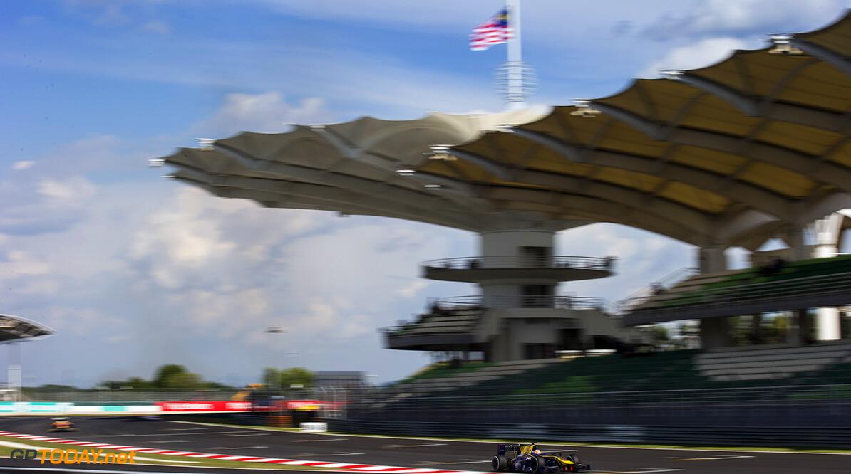 2016 GP2 Series Round 10 Sepang, Kuala Lumpur, Malaysia Friday 30 September 2016. Alex Lynn, (GBR, DAMS)  Photo: Sam Bloxham/GP2 Series Media Service. ref: Digital Image _SLA3944  Sam Bloxham    Qualifying action