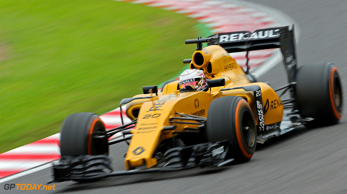 Formula One World Championship Kevin Magnussen (DEN) Renault Sport F1 Team RS16. Japanese Grand Prix, Friday 7th October 2016. Suzuka, Japan. Motor Racing - Formula One World Championship - Japanese Grand Prix - Practice Day - Suzuka, Japan Renault Sport Formula One Team Suzuka Japan  Formula One Formula 1 F1 GP Grand Prix Circuit Japan Japanese Suzuka JM635 Action Track GP1617b