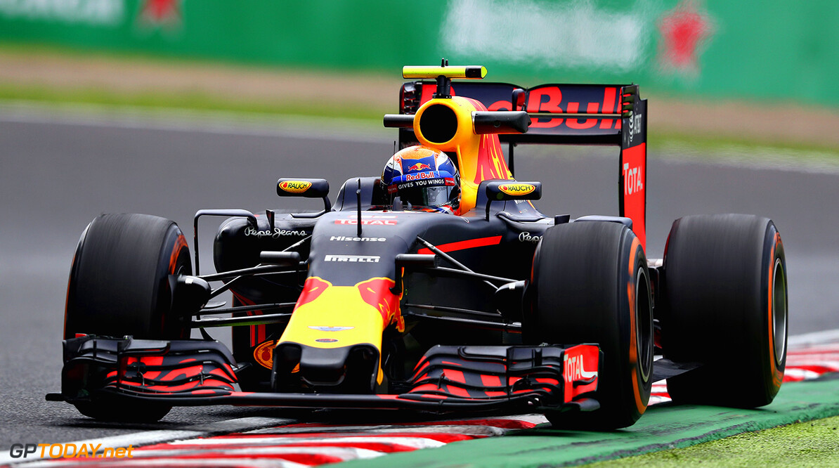 SUZUKA, JAPAN - OCTOBER 07: Max Verstappen of the Netherlands driving the (33) Red Bull Racing Red Bull-TAG Heuer RB12 TAG Heuer on track during practice for the Formula One Grand Prix of Japan at Suzuka Circuit on October 7, 2016 in Suzuka.  (Photo by Clive Mason/Getty Images) // Getty Images / Red Bull Content Pool  // P-20161007-00594 // Usage for editorial use only // Please go to www.redbullcontentpool.com for further information. //  F1 Grand Prix of Japan - Practice Clive Mason Suzuka Japan  P-20161007-00594