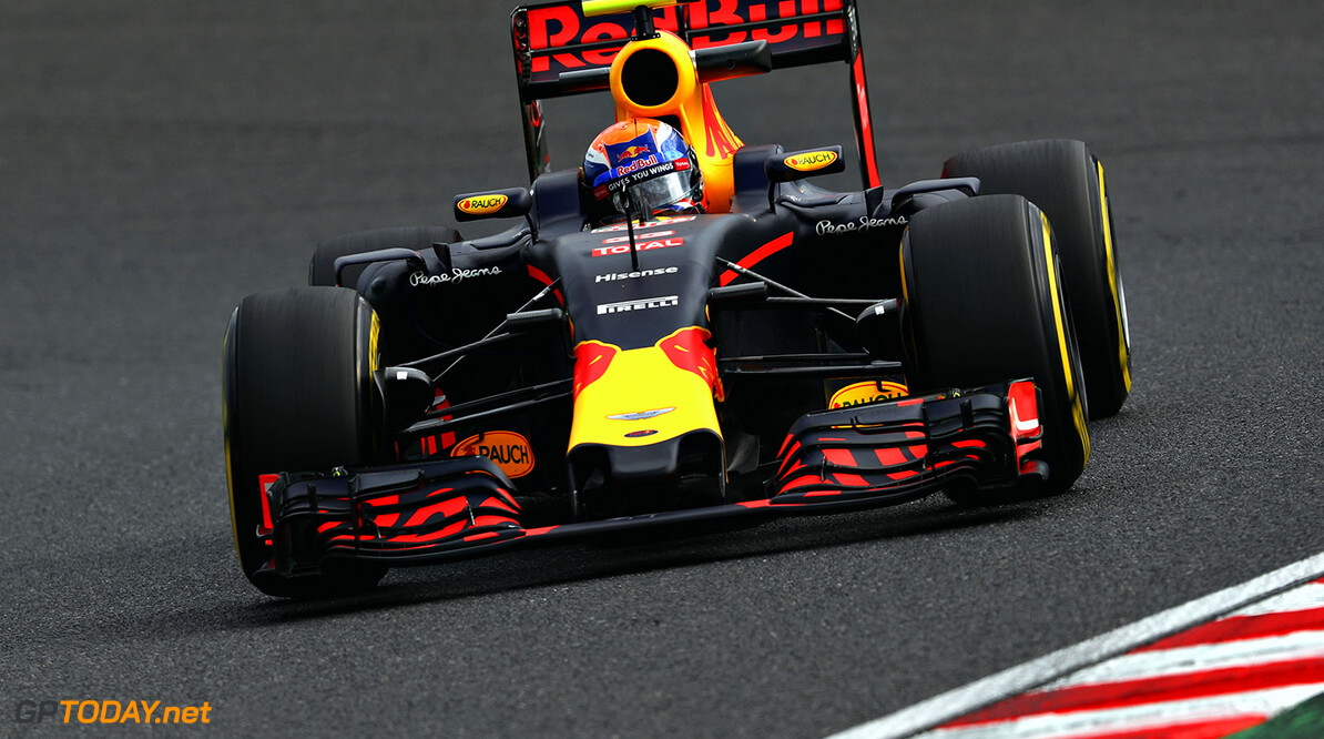 SUZUKA, JAPAN - OCTOBER 07: Max Verstappen of the Netherlands driving the (33) Red Bull Racing Red Bull-TAG Heuer RB12 TAG Heuer on track during practice for the Formula One Grand Prix of Japan at Suzuka Circuit on October 7, 2016 in Suzuka.  (Photo by Clive Mason/Getty Images) // Getty Images / Red Bull Content Pool  // P-20161007-00549 // Usage for editorial use only // Please go to www.redbullcontentpool.com for further information. //  F1 Grand Prix of Japan - Practice Clive Mason Suzuka Japan  P-20161007-00549