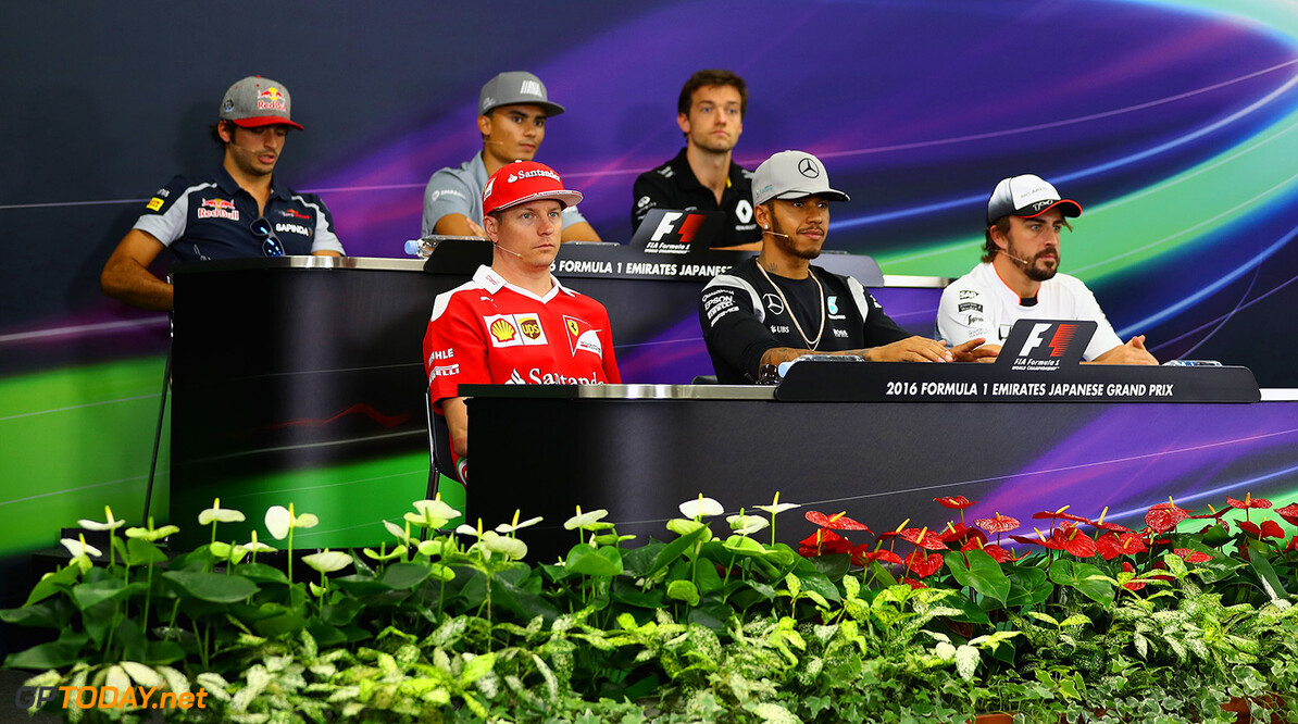 SUZUKA, JAPAN - OCTOBER 06: The Drivers Press Conference with Carlos Sainz of Spain and Scuderia Toro Rosso, Pascal Wehrlein of Germany and Manor Racing, Jolyon Palmer of Great Britain and Renault Sport F1, Fernando Alonso of Spain and McLaren Honda, Lewis Hamilton of Great Britain and Mercedes GP and Kimi Raikkonen of Finland and Ferrari  during previews ahead of the Formula One Grand Prix of Japan at Suzuka Circuit on October 6, 2016 in Suzuka.  (Photo by Clive Mason/Getty Images) // Getty Images / Red Bull Content Pool  // P-20161006-00348 // Usage for editorial use only // Please go to www.redbullcontentpool.com for further information. //  F1 Grand Prix of Japan - Previews Clive Mason Suzuka Japan  P-20161006-00348