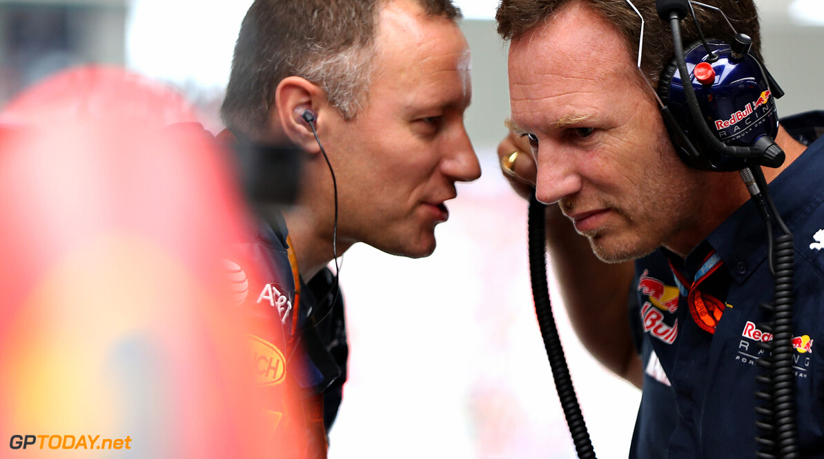 SUZUKA, JAPAN - OCTOBER 09: Red Bull Racing Team Principal Christian Horner talks in the garage before the Formula One Grand Prix of Japan at Suzuka Circuit on October 9, 2016 in Suzuka.  (Photo by Mark Thompson/Getty Images) // Getty Images / Red Bull Content Pool  // P-20161009-01367 // Usage for editorial use only // Please go to www.redbullcontentpool.com for further information. //  F1 Grand Prix of Japan Mark Thompson Suzuka Japan  P-20161009-01367