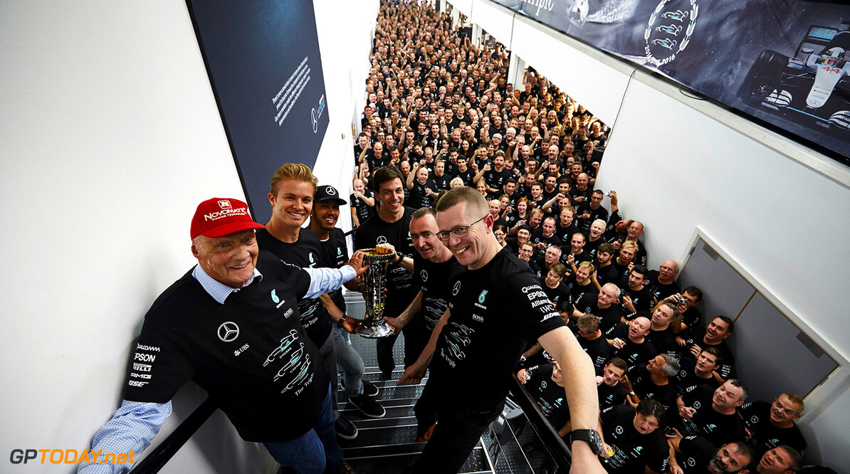 Archivnummer: M44716       Toto Wolff Paddy Lowe Lewis Hamilton Nico Rosberg Brixworth Brackley Niki Lauda 2016 Andy Cowell