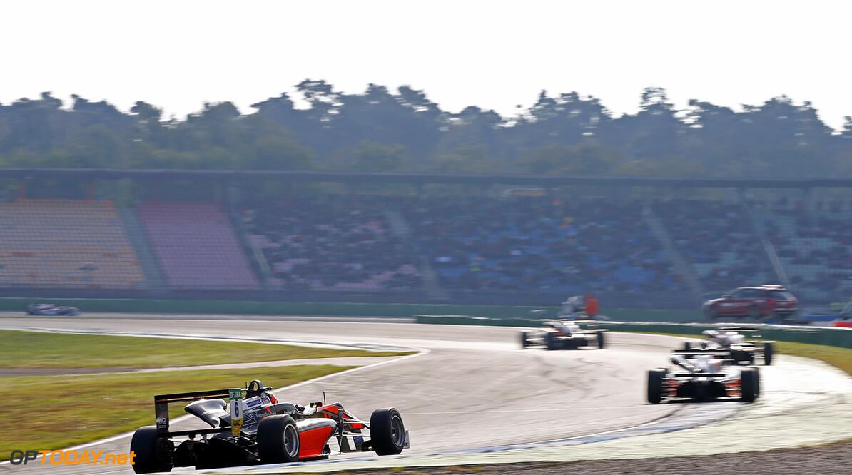 FIA Formula 3 European Championship, round 10, race 3, Hockenhei 6 Callum Ilott (GBR, Van Amersfoort Racing, Dallara F312 - Mercedes-Benz), FIA Formula 3 European Championship, round 10, race 3, Hockenheimring (DEU), 14. - 16. October 2016 FIA Formula 3 European Championship 2016, round 10, race 3, Hockenheimring (DEU) Thomas Suer Hockenheim Germany