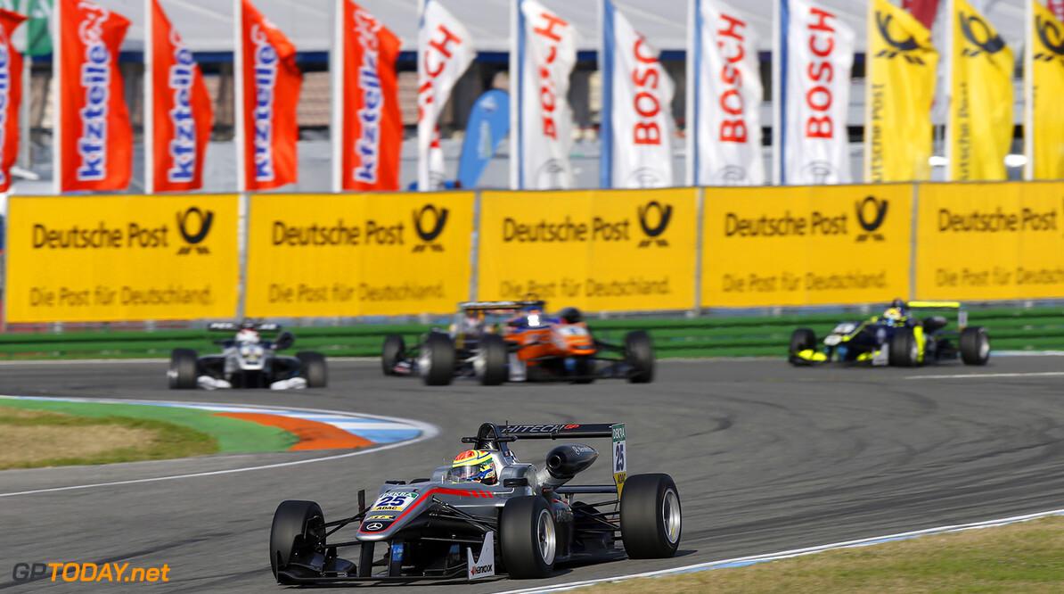 FIA Formula 3 European Championship, round 10, race 1, Hockenhei 25 Alexander Sims (GBR, HitechGP, Dallara F312 - Mercedes-Benz), FIA Formula 3 European Championship, round 10, race 1, Hockenheimring (DEU), 14. - 16. October 2016 FIA Formula 3 European Championship 2016, round 10, race 1, Hockenheimring (DEU) Thomas Suer Hockenheim Germany