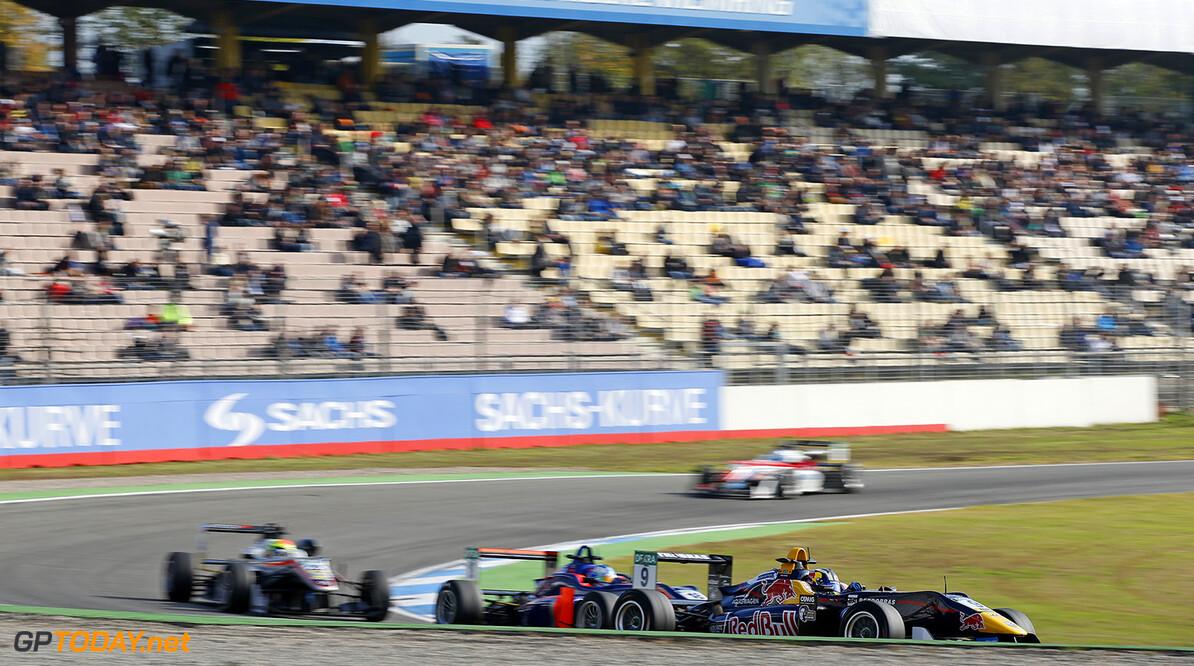 FIA Formula 3 European Championship, round 10, race 3, Hockenhei 9 S?rgio Sette C?mara (BRA, Motopark, Dallara F312 - Volkswagen), 18 Jake Hughes (GBR, Carlin, Dallara F312 - Volkswagen), FIA Formula 3 European Championship, round 10, race 3, Hockenheimring (DEU), 14. - 16. October 2016 FIA Formula 3 European Championship 2016, round 10, race 3, Hockenheimring (DEU) Thomas Suer Hockenheim Germany