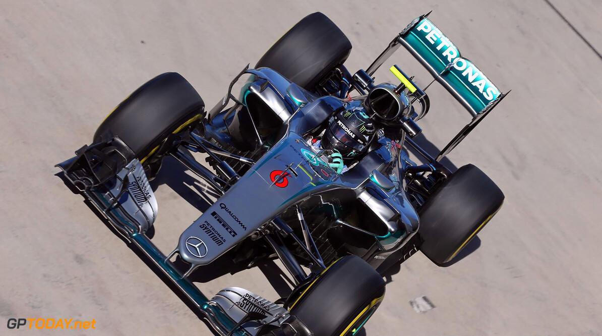 Rosberg weert gedachte aan mechanische pech