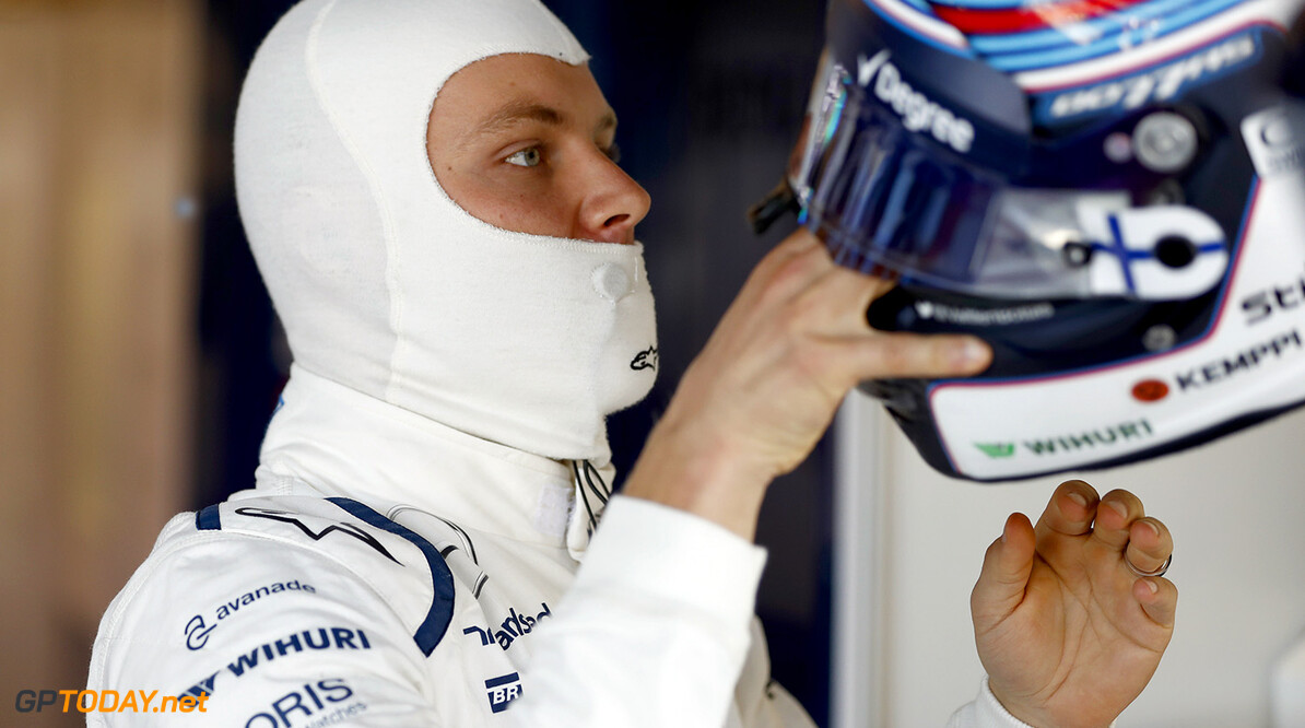 Circuit of the Americas, Austin Texas, USA. Friday 21 October 2016. Valtteri Bottas, Williams Martini Racing. Photo: Glenn Dunbar/Williams ref: Digital Image _X4I9520  Glenn Dunbar    Portrait Helmets
