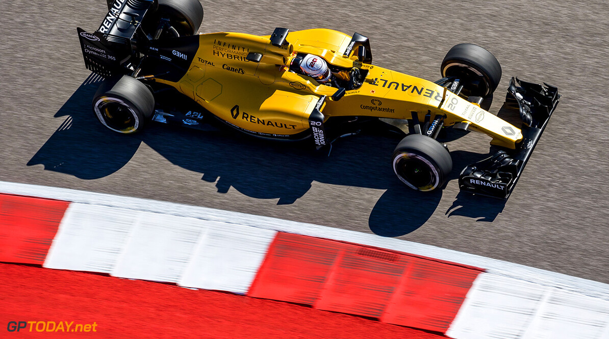 Formula One World Championship Kevin Magnussen (DEN) Renault Sport F1 Team RS16. United States Grand Prix, Friday 21st October 2016. Circuit of the Americas, Austin, Texas, USA. Motor Racing - Formula One World Championship - United States Grand Prix - Practice Day - Austin, USA Renault Sport Formula One Team Austin USA  Formula One Formula 1 F1 GP Grand Prix Circuit USA American United States of America COTA Circuit of the Americas Austin Texas TX JM641 Action Track GP1618b