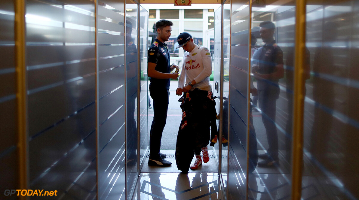 AUSTIN, TX - OCTOBER 21:  Max Verstappen of Netherlands and Red Bull Racing waits at the back of the garage during practice for the United States Formula One Grand Prix at Circuit of The Americas on October 21, 2016 in Austin, United States.  (Photo by Lars Baron/Getty Images) // Getty Images / Red Bull Content Pool  // P-20161022-00151 // Usage for editorial use only // Please go to www.redbullcontentpool.com for further information. //  F1 Grand Prix of USA - Practice Lars Baron Austin United States  P-20161022-00151
