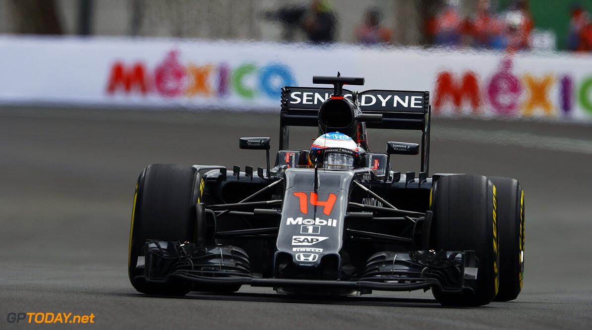 """Jenson Button: """"Formule 1-coureurs worden al jaren niet meer op doping gecontroleerd"""""""