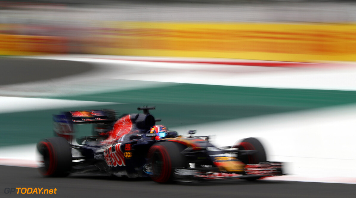 MEXICO CITY, MEXICO - OCTOBER 28:  Daniil Kvyat of Russia driving the (26) Scuderia Toro Rosso STR11 Ferrari 060/5 turbo on track during practice for the Formula One Grand Prix of Mexico at Autodromo Hermanos Rodriguez on October 28, 2016 in Mexico City, Mexico.  (Photo by Clive Mason/Getty Images) // Getty Images / Red Bull Content Pool  // P-20161029-00346 // Usage for editorial use only // Please go to www.redbullcontentpool.com for further information. //  F1 Grand Prix of Mexico - Practice Clive Mason Mexico City Mexico  P-20161029-00346