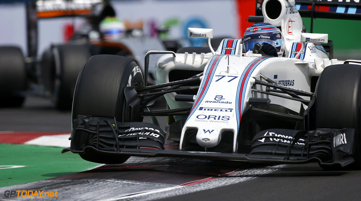 Autodromo Hermanos Rodriguez, Mexico City, Mexico. Sunday 30 October 2016. Valtteri Bottas, Williams FW38 Mercedes, leads Sergio Perez, Force India VJM09 Mercedes. Photo: Sam Bloxham/Williams ref: Digital Image _SLA5066  Steven Tee    Action