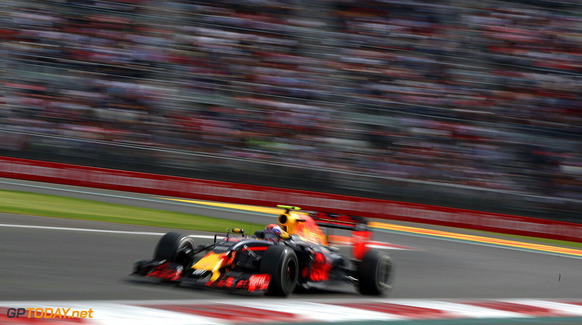 MEXICO CITY, MEXICO - OCTOBER 30:  Max Verstappen of the Netherlands driving the (33) Red Bull Racing Red Bull-TAG Heuer RB12 TAG Heuer on track during the Formula One Grand Prix of Mexico at Autodromo Hermanos Rodriguez on October 30, 2016 in Mexico City, Mexico.  (Photo by Mark Thompson/Getty Images) // Getty Images / Red Bull Content Pool  // P-20161030-00565 // Usage for editorial use only // Please go to www.redbullcontentpool.com for further information. //  F1 Grand Prix of Mexico Mark Thompson    P-20161030-00565