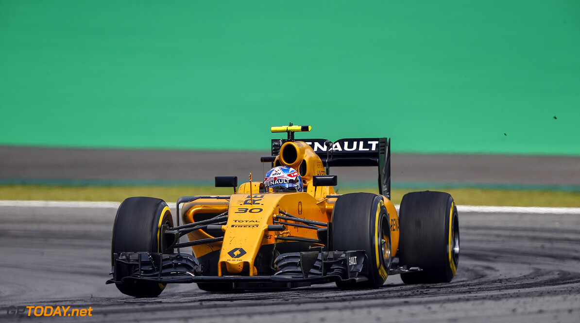 30 PALMER Jolyon (gbr) Renault action   during the 2016 Formula One World Championship, Brazil Grand Prix from November 11 to 13 in Sao Paulo, Brazil - Photo Frederic Le Floc'h / DPPI F1 - BRAZIL GRAND PRIX 2016 Frederic Le Floc'h Sao Paulo Br?sil  Auto Brazilian Bresilien Br?sil Car F1 Formula 1 Formula One Formule 1 Formule Un Grand Prix Monoplace Motorsport November Novembre Race World Championship