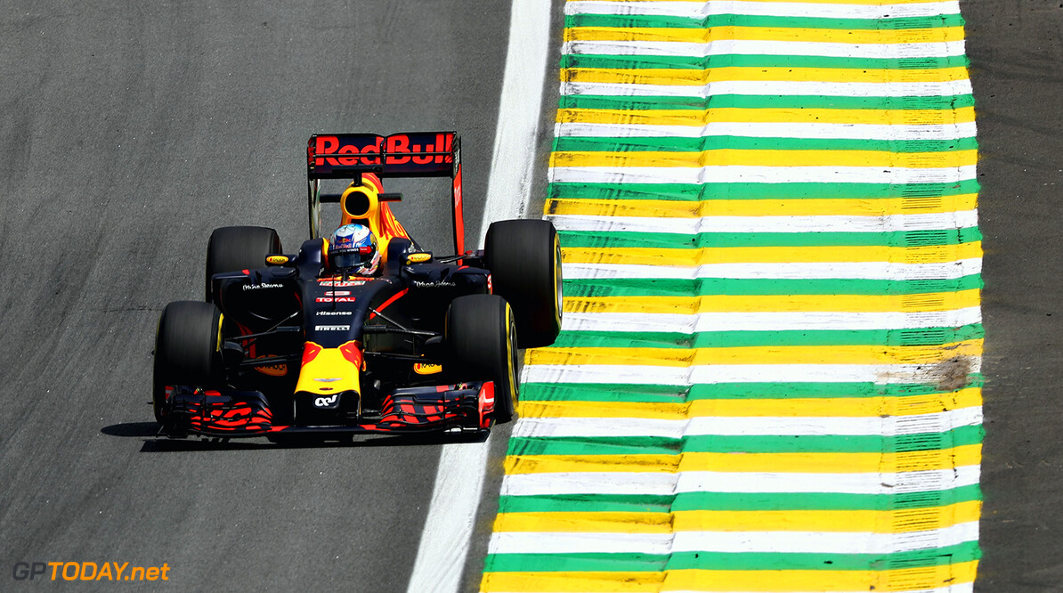 SAO PAULO, BRAZIL - NOVEMBER 11:  Daniel Ricciardo of Australia driving the (3) Red Bull Racing Red Bull-TAG Heuer RB12 TAG Heuer on track during practice for the Formula One Grand Prix of Brazil at Autodromo Jose Carlos Pace on November 11, 2016 in Sao Paulo, Brazil.  (Photo by Mark Thompson/Getty Images) // Getty Images / Red Bull Content Pool  // P-20161111-01622 // Usage for editorial use only // Please go to www.redbullcontentpool.com for further information. //  F1 Grand Prix of Brazil - Practice Mark Thompson Sao Paulo Brazil  P-20161111-01622