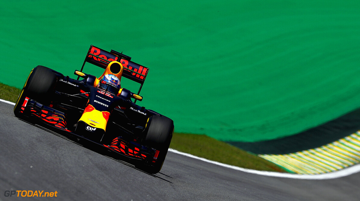 SAO PAULO, BRAZIL - NOVEMBER 11:  Daniel Ricciardo of Australia driving the (3) Red Bull Racing Red Bull-TAG Heuer RB12 TAG Heuer on track during practice for the Formula One Grand Prix of Brazil at Autodromo Jose Carlos Pace on November 11, 2016 in Sao Paulo, Brazil.  (Photo by Clive Mason/Getty Images) // Getty Images / Red Bull Content Pool  // P-20161111-01414 // Usage for editorial use only // Please go to www.redbullcontentpool.com for further information. //  F1 Grand Prix of Brazil - Practice Clive Mason Sao Paulo Brazil  P-20161111-01414