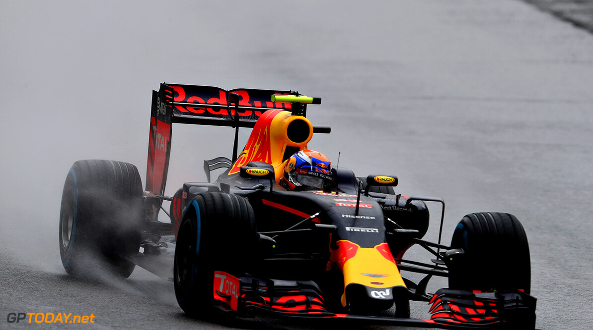SAO PAULO, BRAZIL - NOVEMBER 13:  Max Verstappen of the Netherlands driving the (33) Red Bull Racing Red Bull-TAG Heuer RB12 TAG Heuer on track during the Formula One Grand Prix of Brazil at Autodromo Jose Carlos Pace on November 13, 2016 in Sao Paulo, Brazil.  (Photo by Mark Thompson/Getty Images) // Getty Images / Red Bull Content Pool  // P-20161113-01174 // Usage for editorial use only // Please go to www.redbullcontentpool.com for further information. //  F1 Grand Prix of Brazil Mark Thompson Sao Paulo Brazil  P-20161113-01174