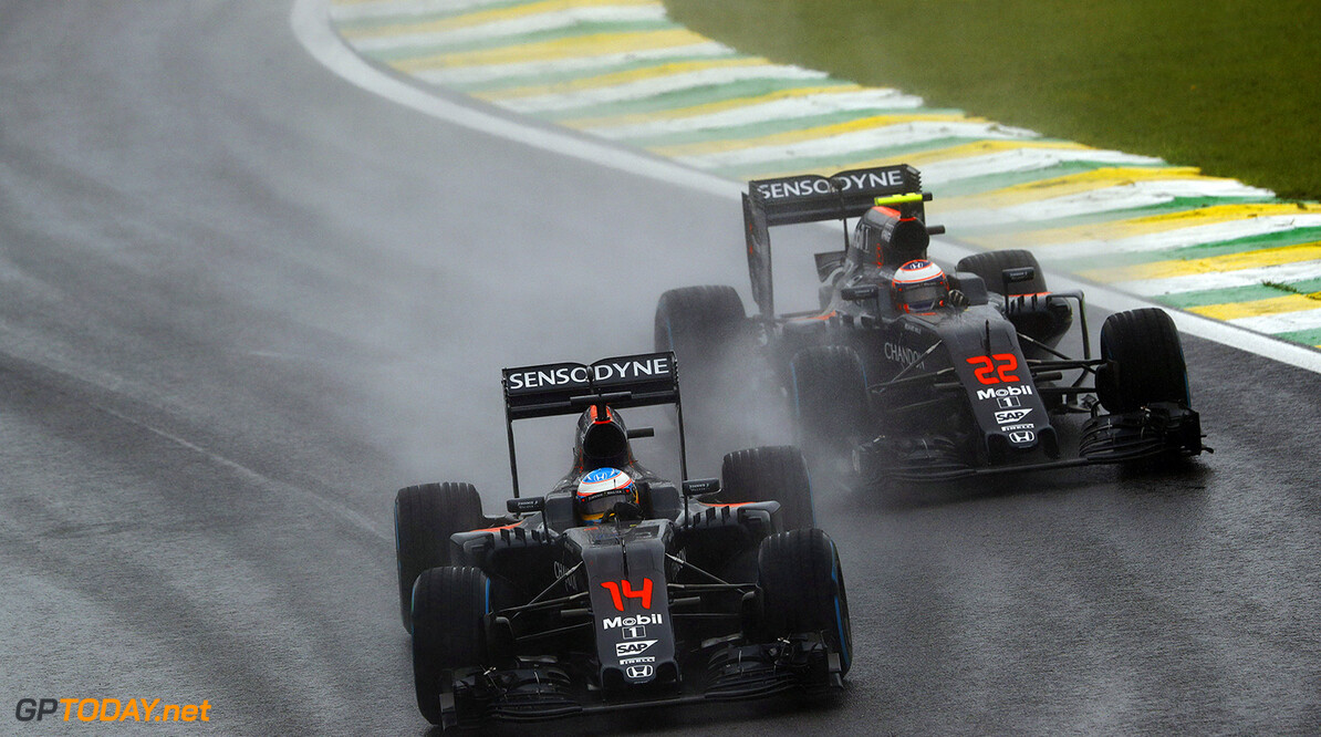 Fernando Alonso wants wet weather solution