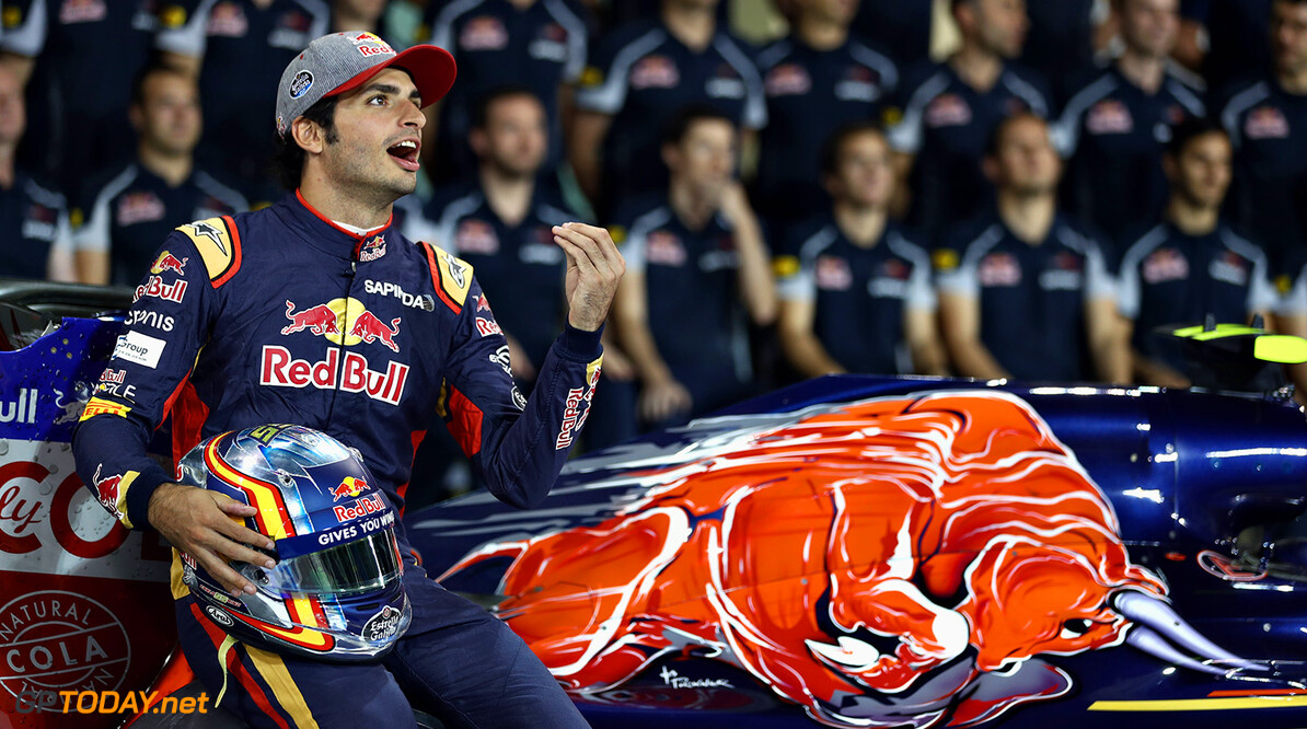 Carlos Sainz not bothered by lack of media attention