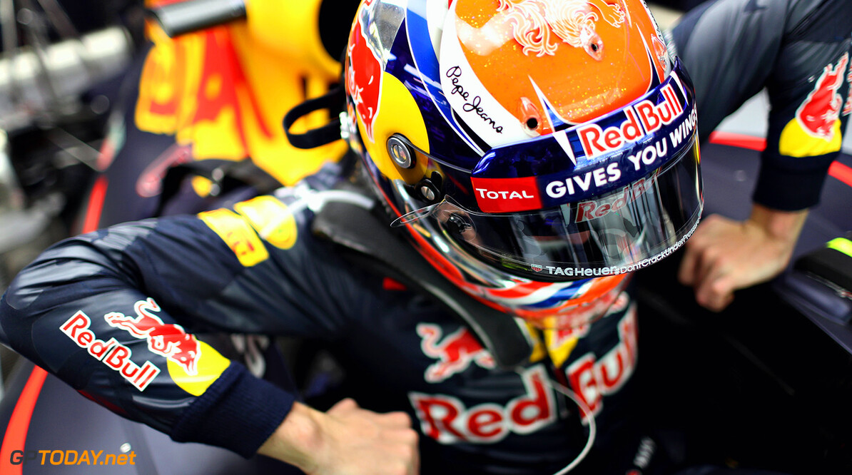 ABU DHABI, UNITED ARAB EMIRATES - NOVEMBER 25:  Max Verstappen of Netherlands and Red Bull Racing in the garage  during practice for the Abu Dhabi Formula One Grand Prix at Yas Marina Circuit on November 25, 2016 in Abu Dhabi, United Arab Emirates.  (Photo by Mark Thompson/Getty Images) // Getty Images / Red Bull Content Pool  // P-20161125-00688 // Usage for editorial use only // Please go to www.redbullcontentpool.com for further information. //  F1 Grand Prix of Abu Dhabi - Practice Mark Thompson Abu Dhabi United Arab Emirates  P-20161125-00688