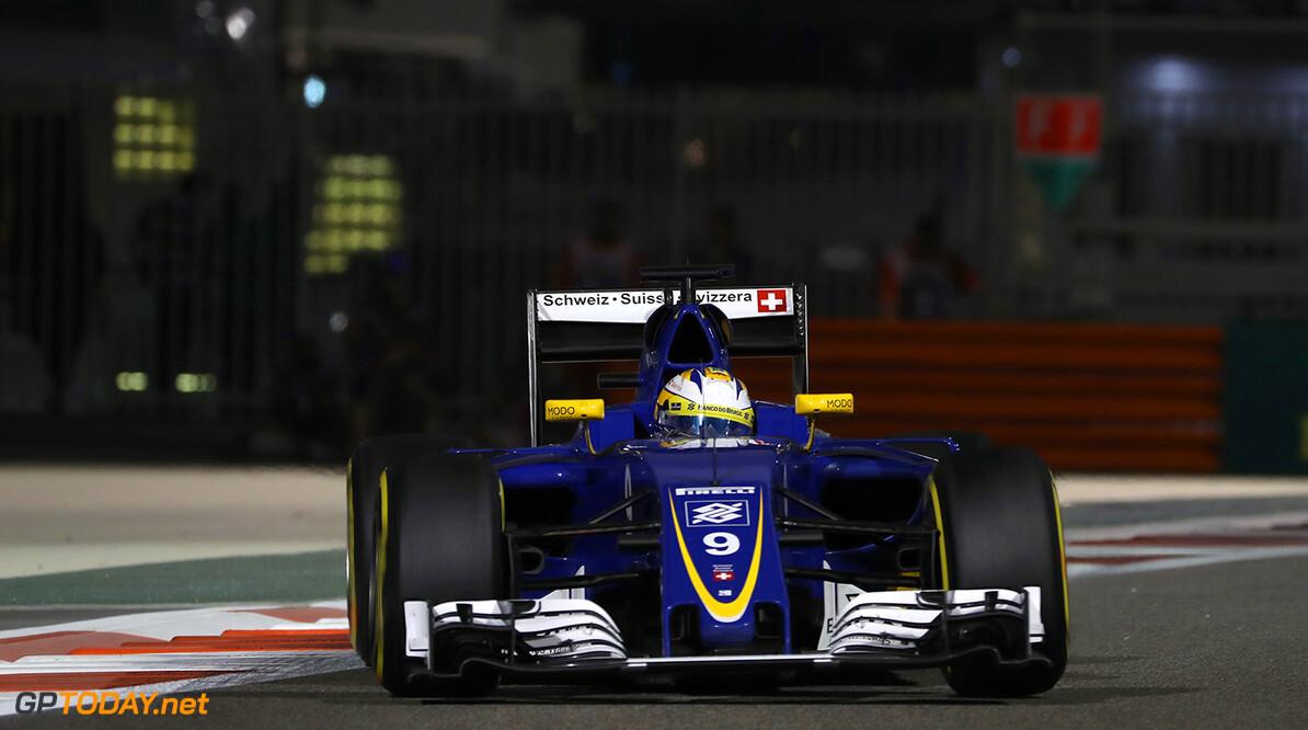 Abu Dhabi GP Friday 25/11/16 Marcus Ericsson (SWE) Sauber F1 Team.  Yas Marina Circuit.  Abu Dhabi GP Friday 25/11/16 Jad Sherif                       Abu Dhabi United Arab Emirates  F1 Formula 1 One 2016 UAE Action Ericsson Sauber