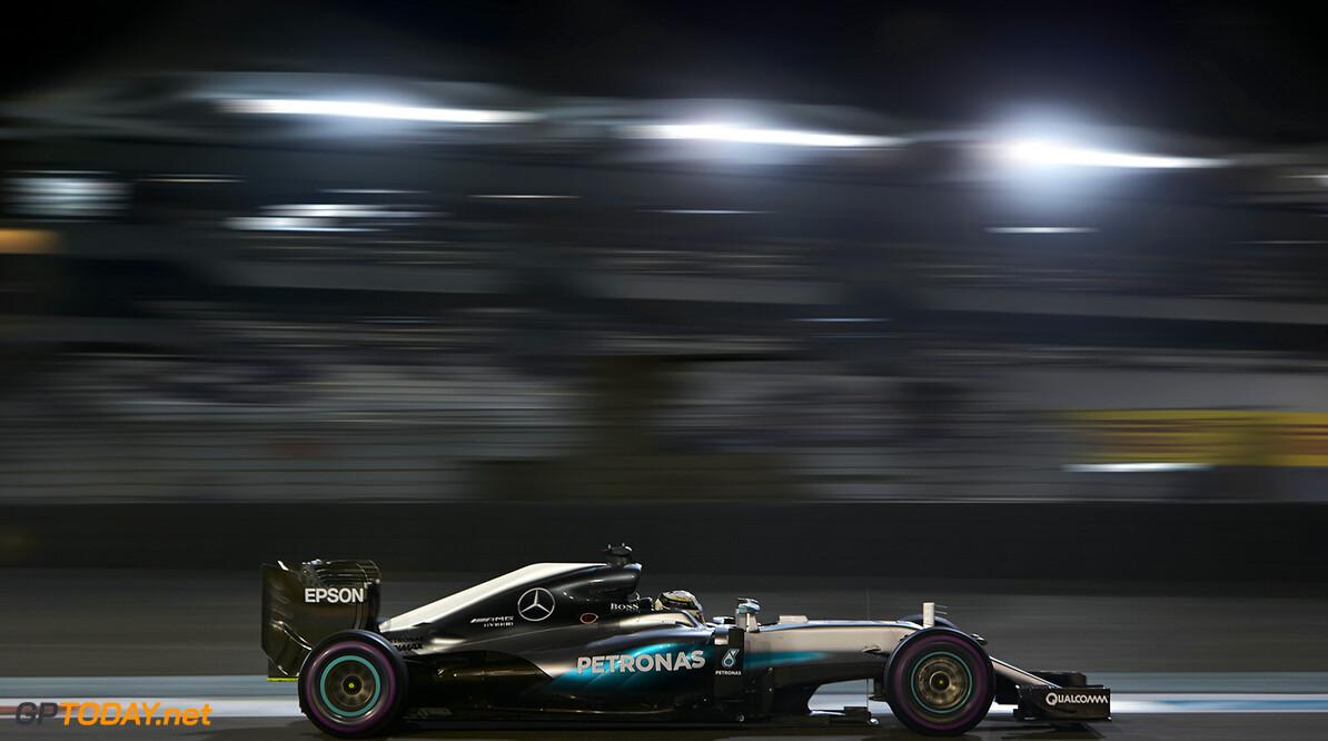 Hamilton wint race in Abu Dhabi, Rosberg wordt tweede en wereldkampioen