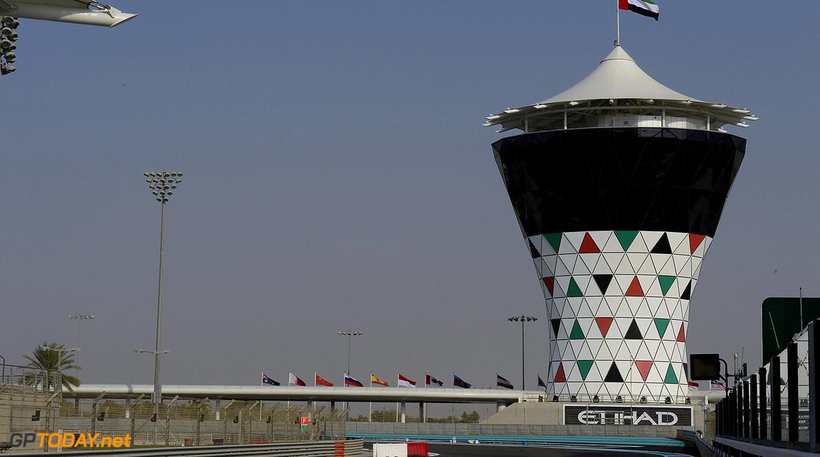 Emanuele Pirro doet in Abu Dhabi dienst als extra steward