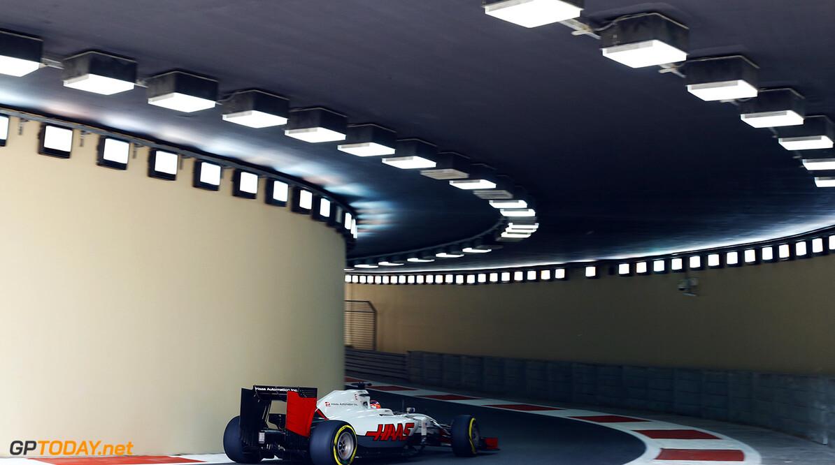 Yas Marina Circuit, Abu Dhabi, United Arab Emirates. Friday 25 November 2016. World Copyright: Steven Tee/LAT Photographic ref: Digital Image _R3I8289  Steven Tee    f1, formula 1, formula one, grand prix, gp, uae,  ts-live,,,,,,,