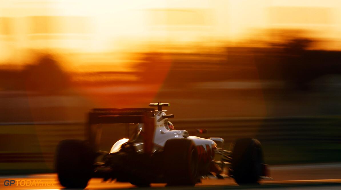 Yas Marina Circuit, Abu Dhabi, United Arab Emirates. Sunday 27 November 2016. World Copyright: Sam Bloxham/LAT Photographic ref: Digital Image _SLA9460      f1, formula 1, formula one, grand prix, gp, uae,  ts-live,,,,,,,