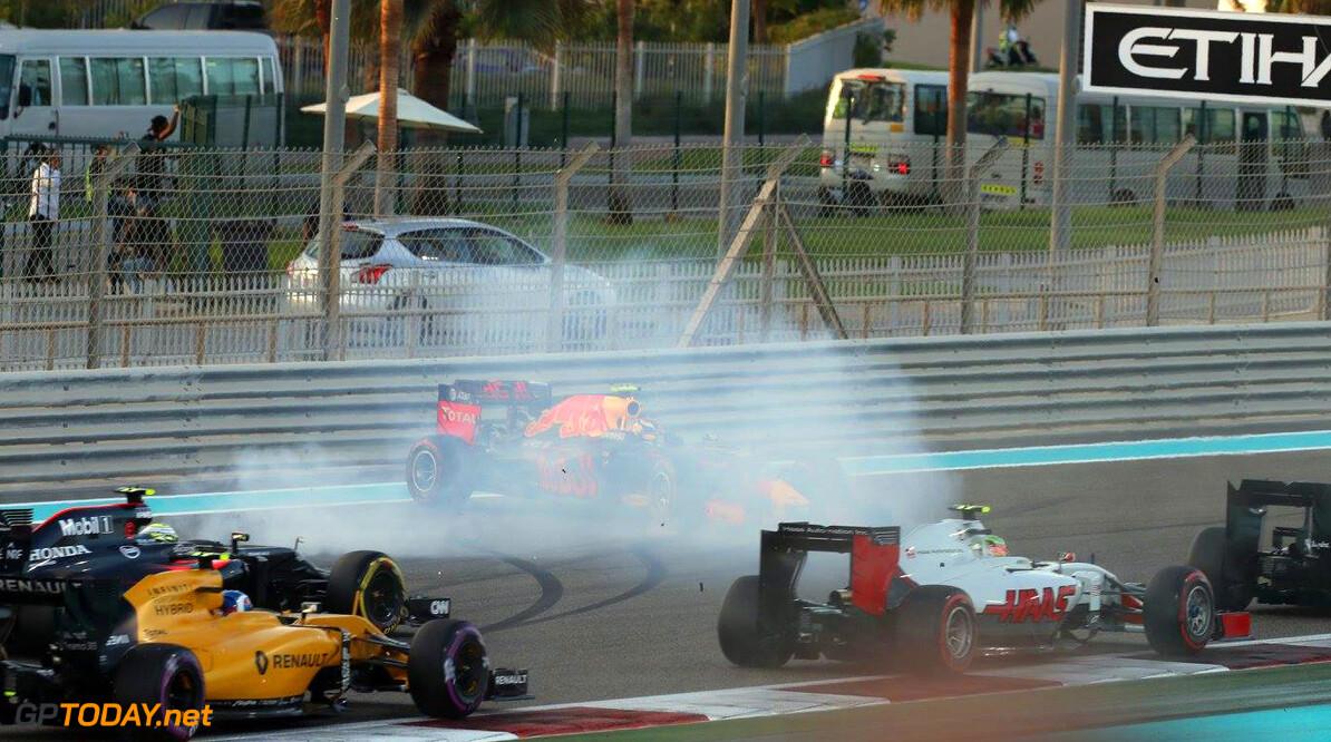 """Keke Rosberg: """"Max helpt resultaten om zeep"""""""