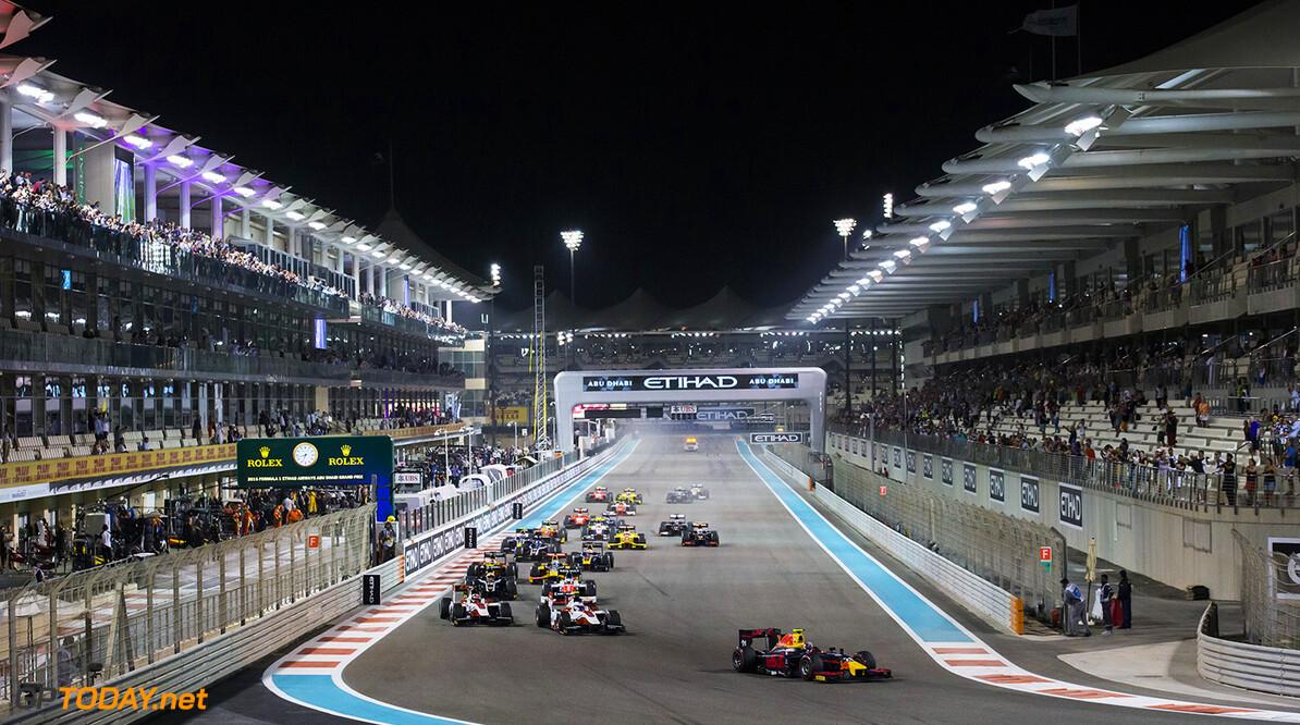 2016 GP2 Series Round 11. Yas Marina Circuit, Abu Dhabi, United Arab Emirates. Saturday 26 November 2016. Pierre Gasly (FRA, PREMA Racing) leads Nobuharu Matsushita (JPN, ART Grand Prix) & Sergey Sirotkin (RUS, ART Grand Prix) at the start Photo: Sam Bloxham/GP2 Series Media Service. ref: Digital Image _SLB0981  Sam Bloxham    Race One feature action