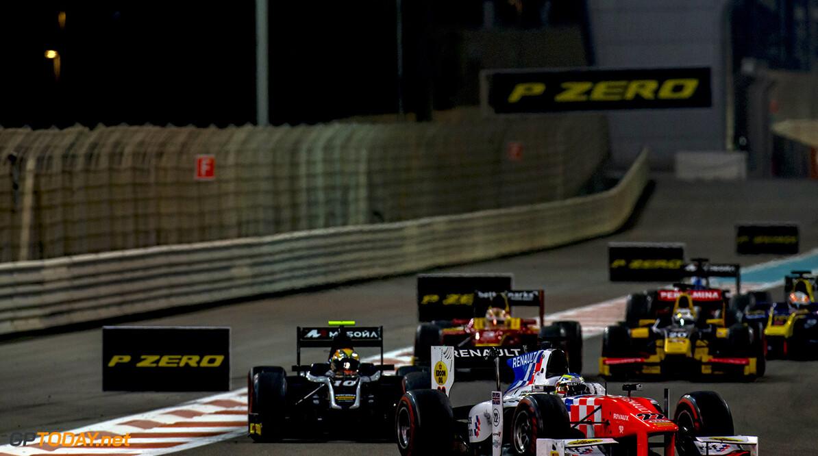 2016 GP2 Series Round 11. Yas Marina Circuit, Abu Dhabi, United Arab Emirates. Saturday 26 November 2016. Oliver Rowland (GBR, MP Motorsport)  Photo: Zak Mauger/GP2 Series Media Service. ref: Digital Image _X0W8247   Zak Mauger    Race One 1 Feature action