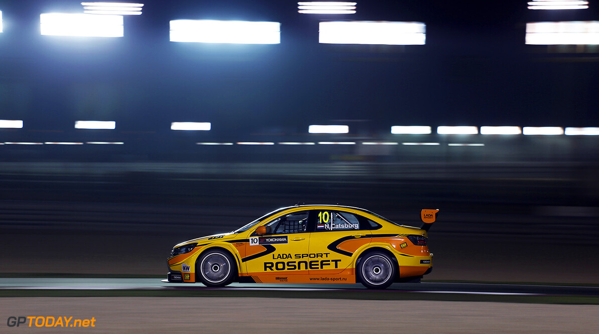 10 CATSBURG Nicky (ned) Lada Vesta team Lada Sport Rosneft action during the 2016 FIA WTCC World Touring Car Championship race at Losail  from November 23 to 25 Qatar - Photo Clement Marin / DPPI AUTO - WTCC LOSAIL 2016 Clement Marin Losail Qatar  Auto Championnat Du Monde Losail International Circuit Circuit Course Fia Motorsport November Novembre Quatar Tourisme Wtcc