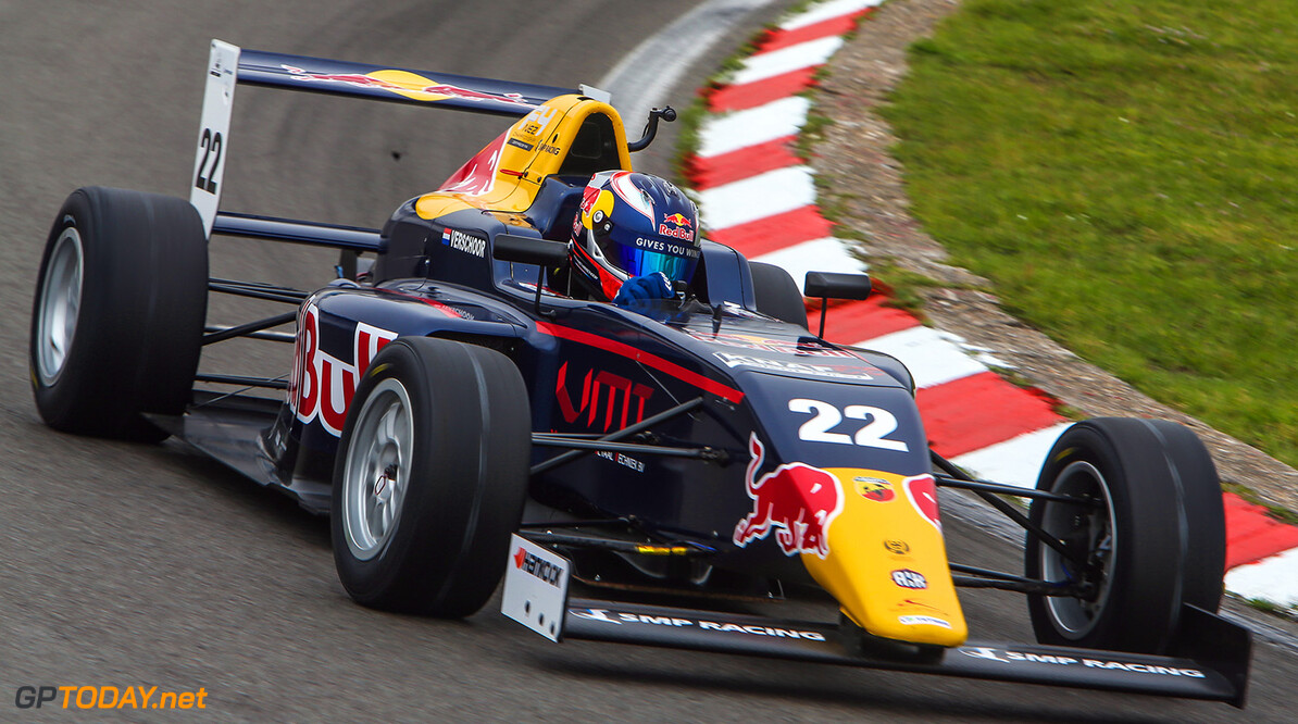 ZANDVOORT, June 3-5 2016: F4 NEZ round 3 at Zandvoort. Ricard Verschoor #22. // P-20160603-01414 // Usage for editorial use only // Please go to www.redbullcontentpool.com for further information. //  F4 NEZ Championship Stop 3 Zandvoort, Netherlands Sebastiaan Rozendaal Zandvoort Netherlands  P-20160603-01414